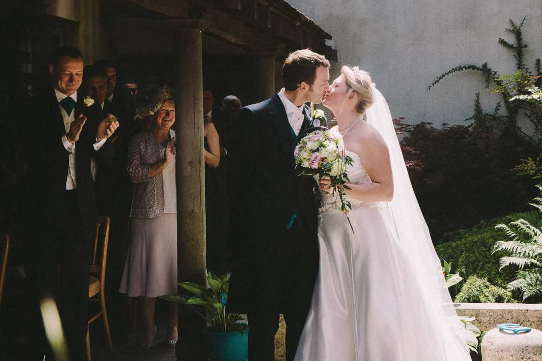 The newly weds kiss