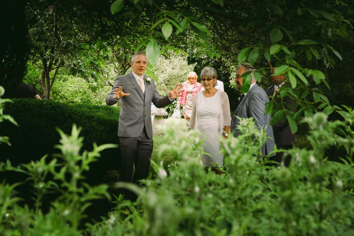 Guests arrive for the Wiltshire garden marquee wedding