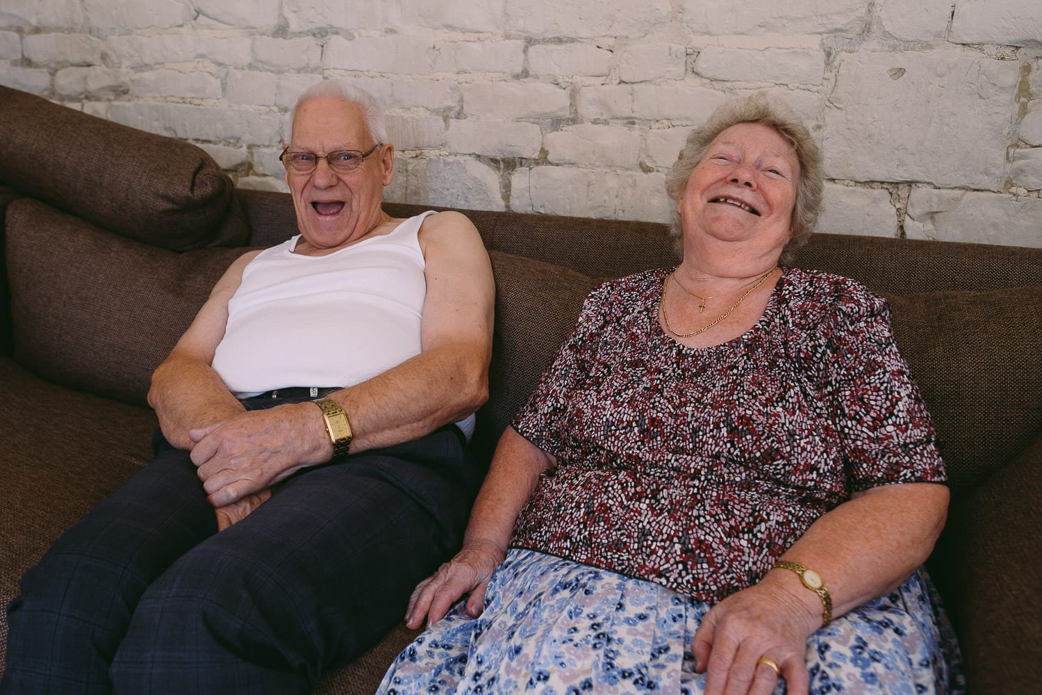 THe grandparents of the bride laughing