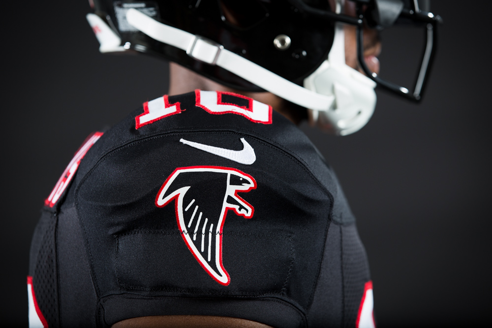 161005_falcons_black_uniforms_0352