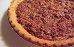 Classic Golden Pecans Louisiana Travel pecanpie-flickr-museinthecity_1