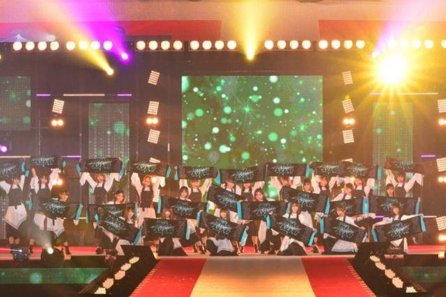 『ガルアワ2019A/W』欅坂46が登場!セトリとランウェイの様子を紹介