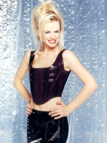 Strong Girl Wallpaper Zoe Ball And The 90s Ladettes Where Are They Now Celebsnow