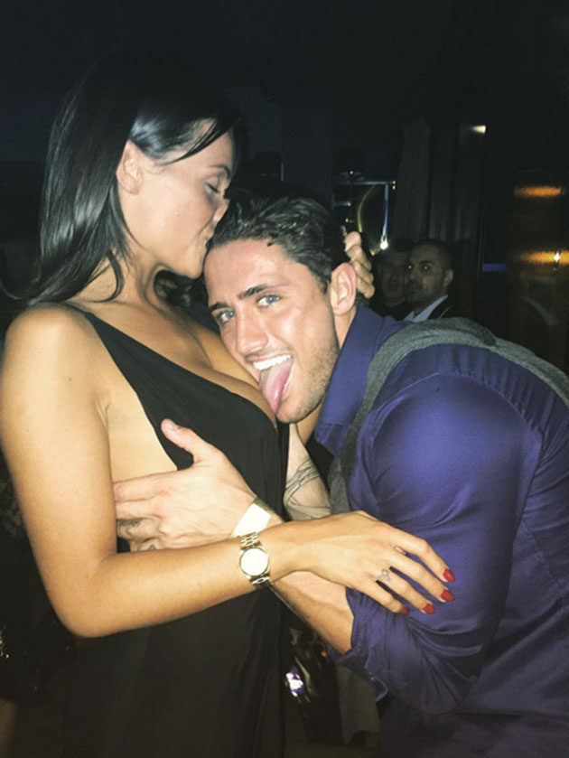 Showing Vicky Pattison What Shes Missing Ex On The Beach