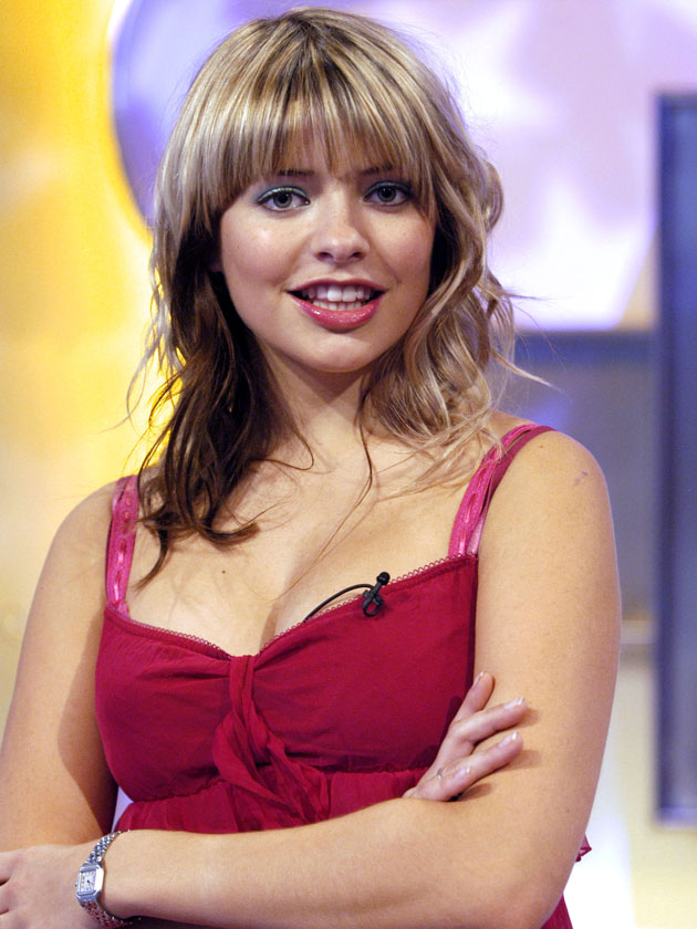 Smoking Wallpaper Girl Holly Willoughby S Kids Names Plus Answers To Faqs About