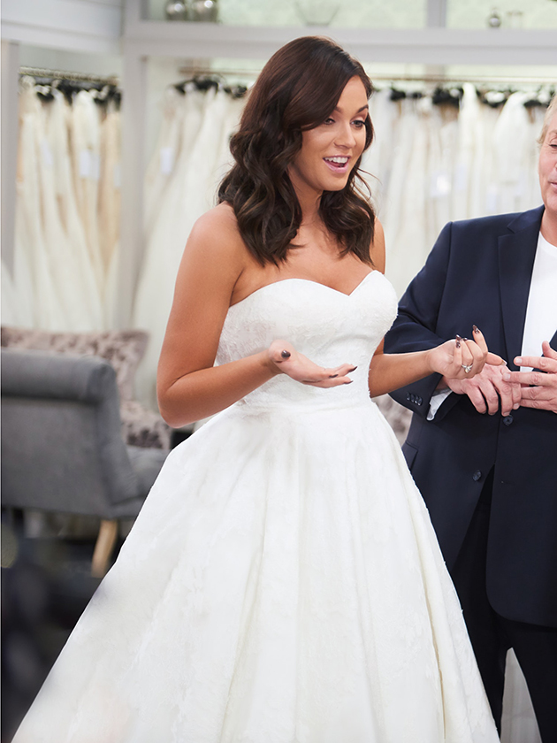 OMG PICS Is THIS Vicky Pattisons Wedding Dress
