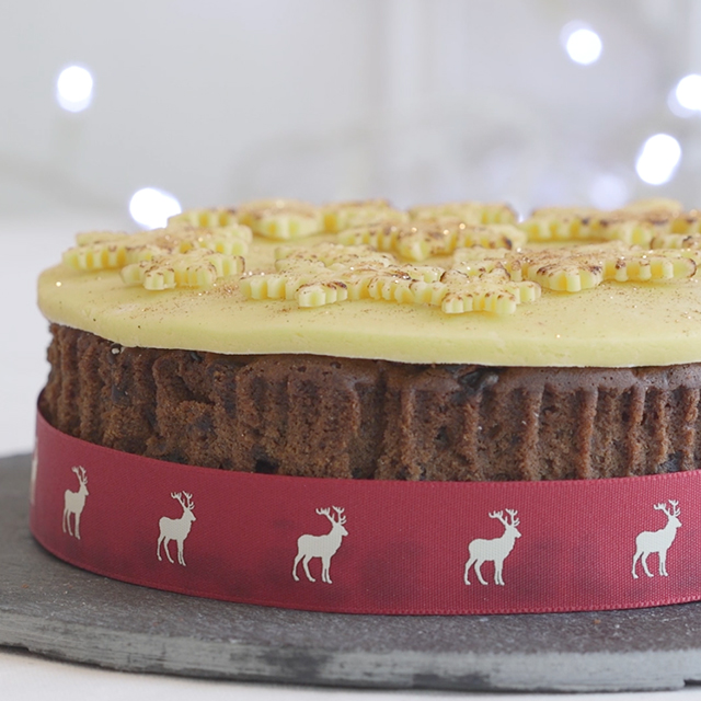 Ideas For Decorating A Christmas Cake Without Icing