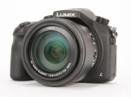 Panasonic Lumix FZ1000 product shot 8