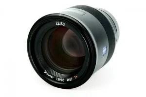 Zeiss-Batis-85mm-lens
