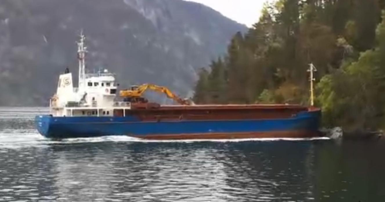 Boat Fail Dozy Captain Crashes Into Norwegian Fjord Motor Boat Amp Yachting