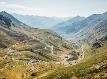 Preview: Tour de France in the Pyrenees (video) - Cycling ...