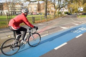 Commuting to work by bike? What to wear throughout the year