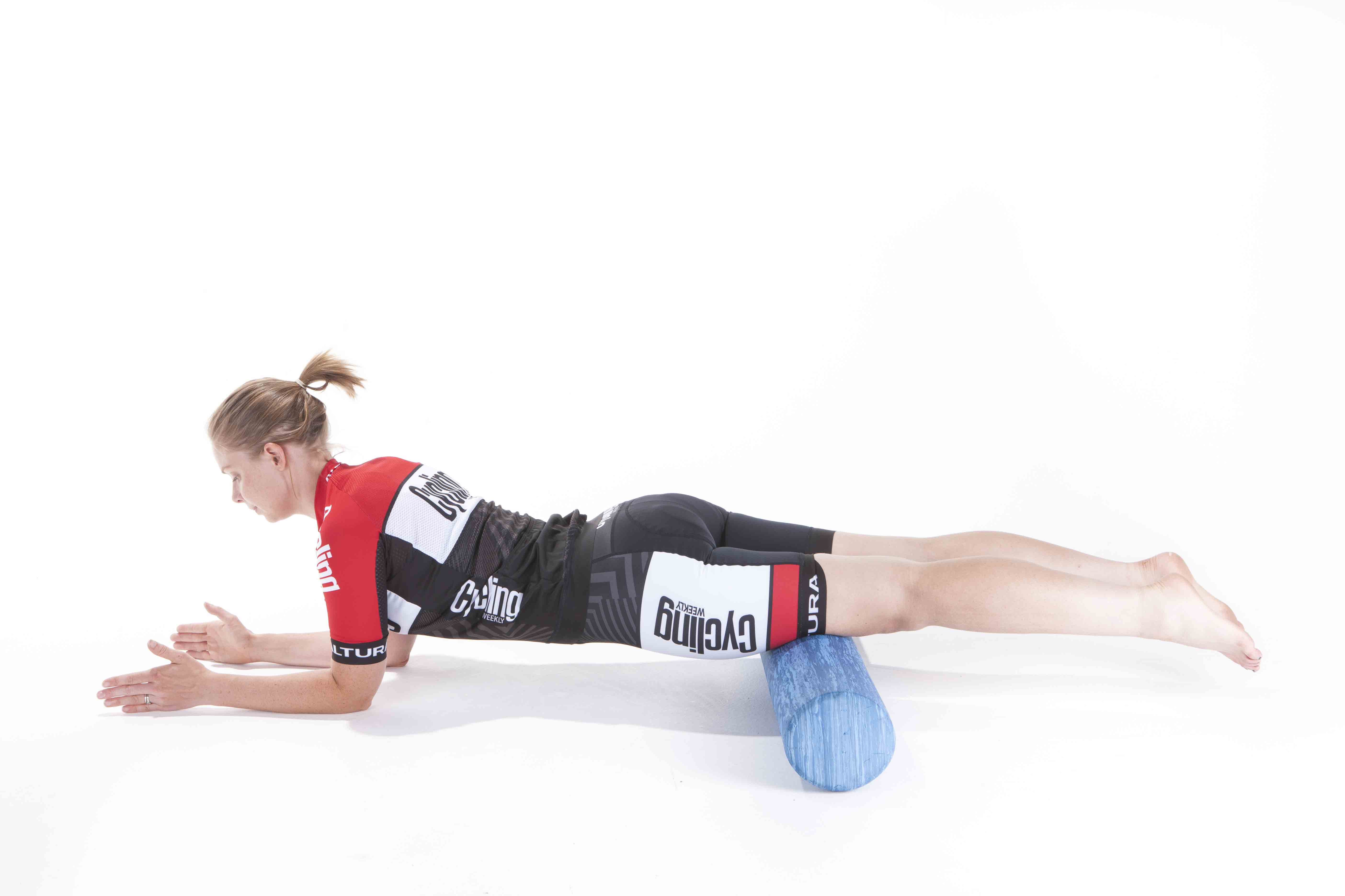 How to use a foam roller exercises and stretches