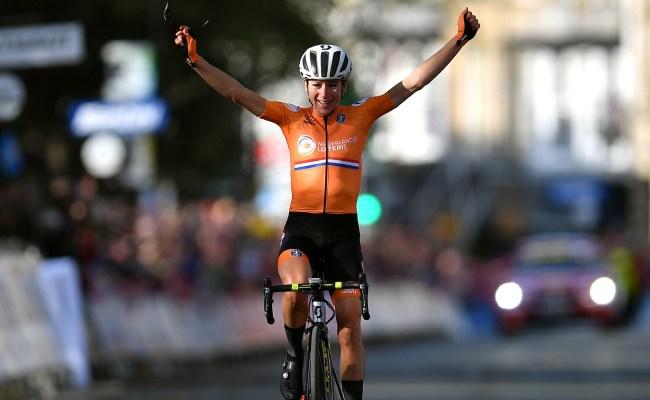 Annemiek Van Vleuten Solos 100km To Claim Women S Road