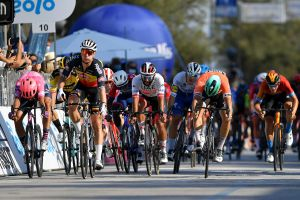 Tim Merlier puts in perfect sprint to take stage six of Tirreno-Adriatico 2020