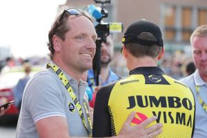 Jumbo-Visma director Merijn Zeeman issues apology for incident that saw him ejected from Tour de France