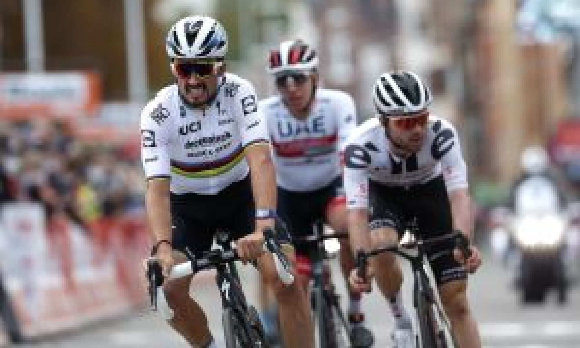 Julian Alaphilippe apologises for dangerous sprint and says it wasn't deliberate