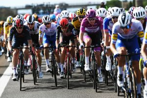 <div>Stage seven breaks record for fastest Giro d'Italia stage ever</div>