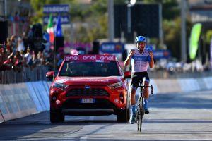 <div>Alex Dowsett rides 17km solo to take glory on stage eight of Giro d'Italia 2020</div>