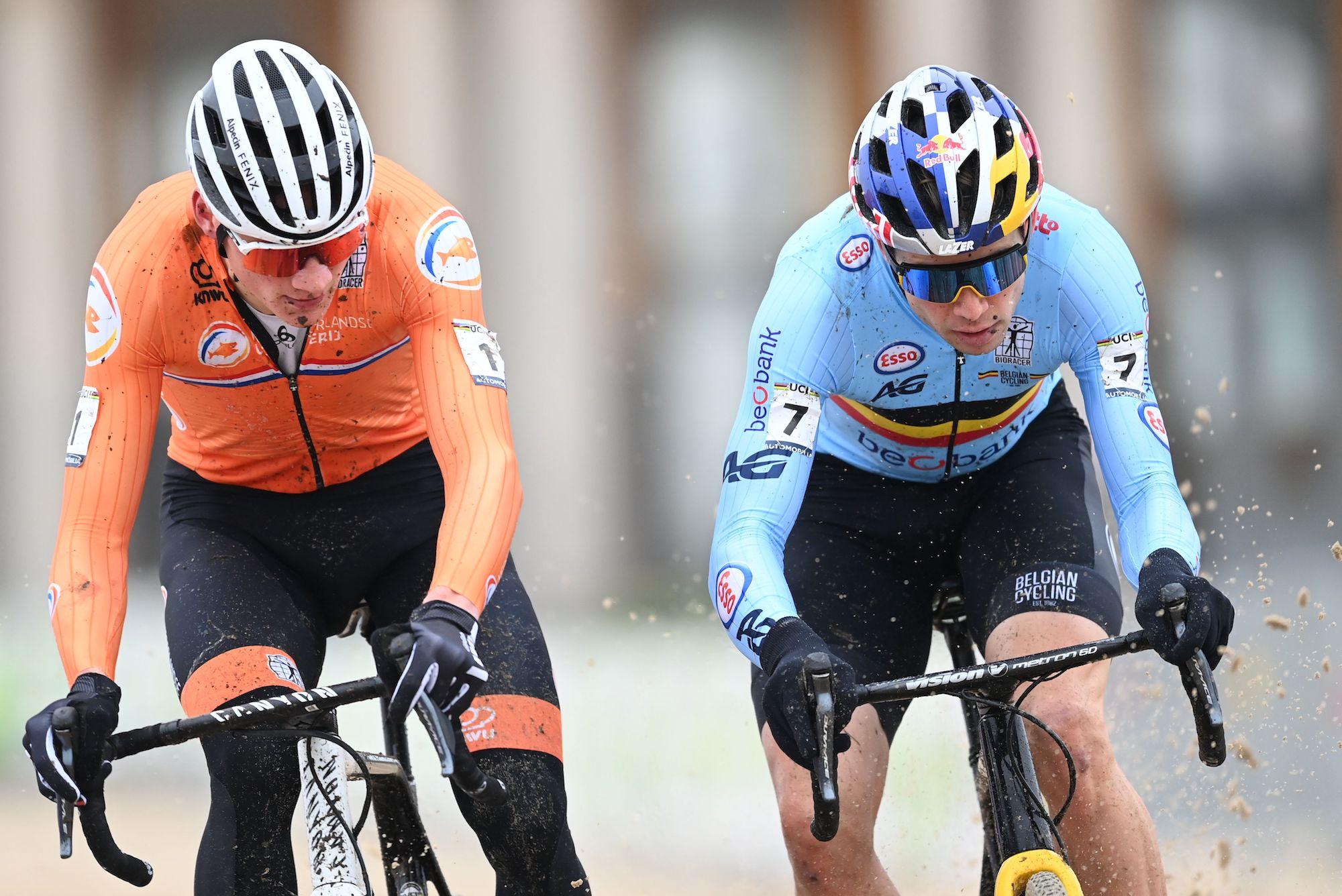 mathieu van der poel beats wout van aert to take third straight cyclocross world championships title cycling weekly