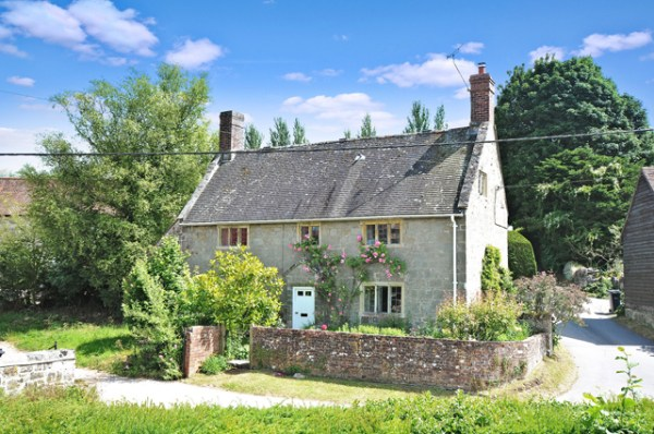 6 of the best chocolate box cottages for sale - Country Life