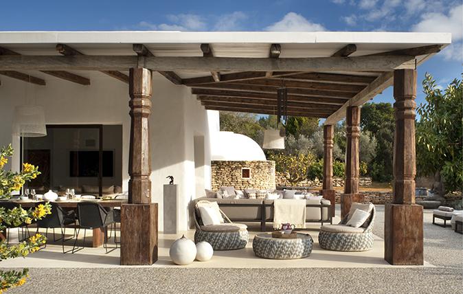 Mediterranean Farmhouse Design Ideas And Tips Country Life