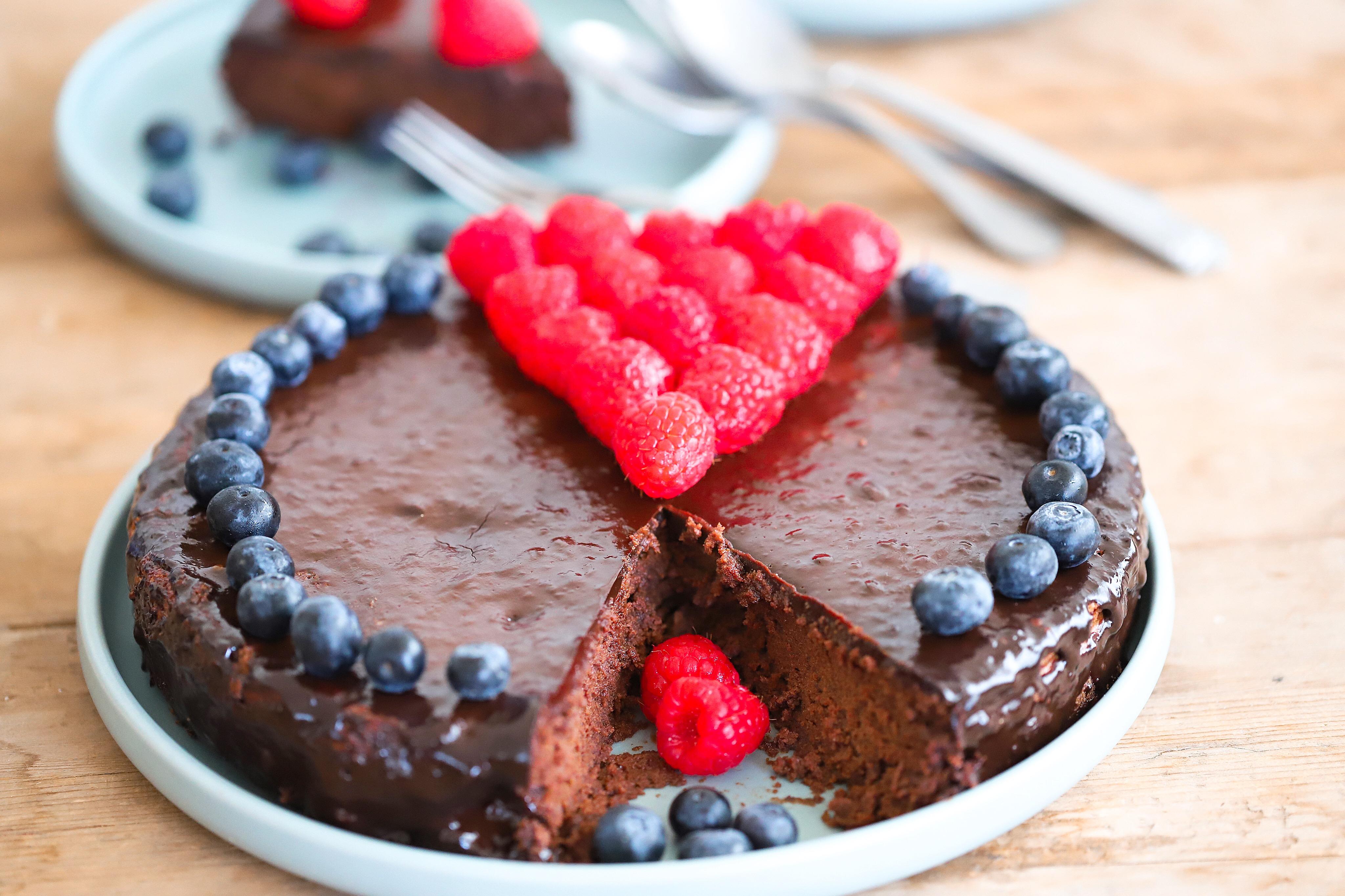 unsuz cikolatali sufle kek pasta