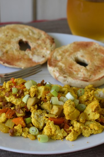 easy tofu breakfast scramble