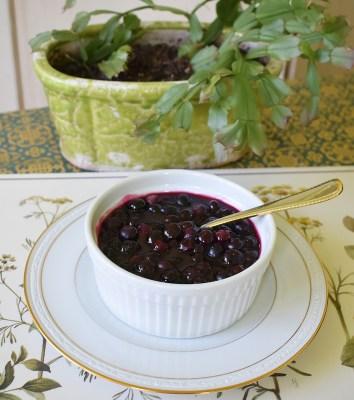 fresh blueberry syrup