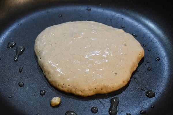 easy delicious vegan pancakes