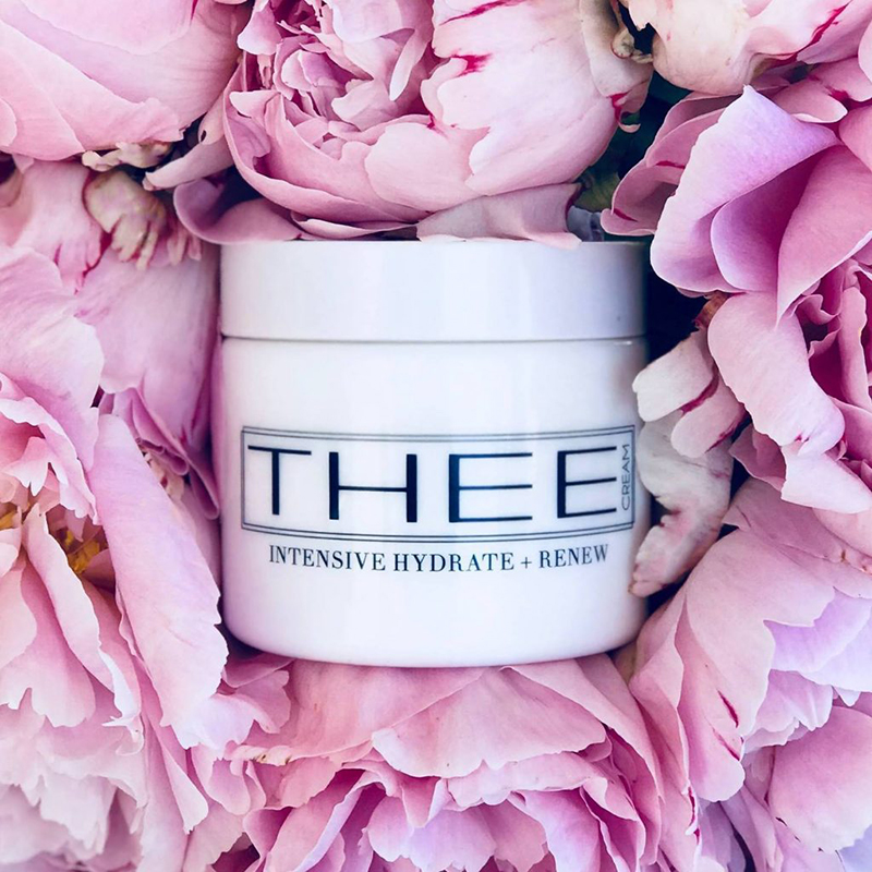 Jennifer Smyth THEE® Australia, a boutique company designed to simplify beauty routines through luxurious products like the bestselling hydrate and renew face cream and now also 100% pure mulberry silk pillowslips and eye masks.