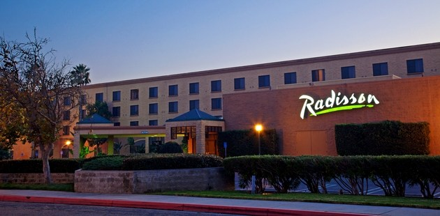 radisson outside