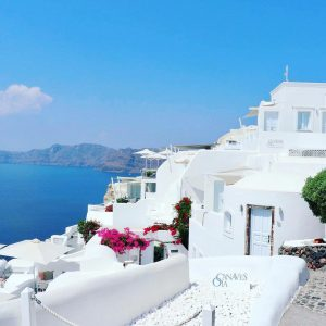Classic Vacations - Fall in Love With Santorini, Greece