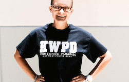 #News: Student of the week (Kaitlyn Russell, Senior) - A person posing for the camera - T-shirt
