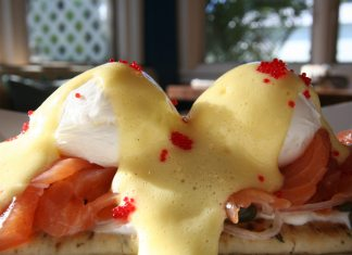 #Eats: Azur knows how to do breakfast - A close up of food - Azur Restaurant