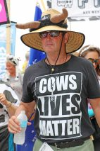 Cows Lives Matter at this race.