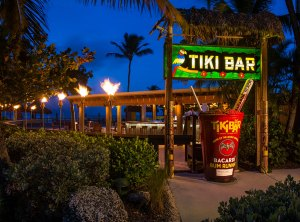 Holiday Isle Tiki Bar