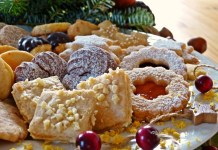 Wine and holiday cookie pairings  - A cake with fruit on top of a table - Christmas cookie