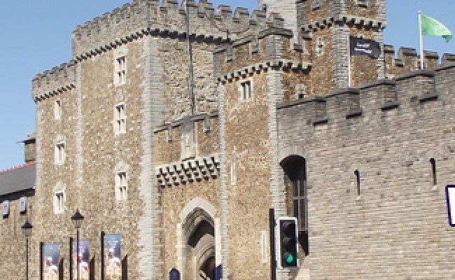 A Brief History Of Cardiff Key To The City Cardiff