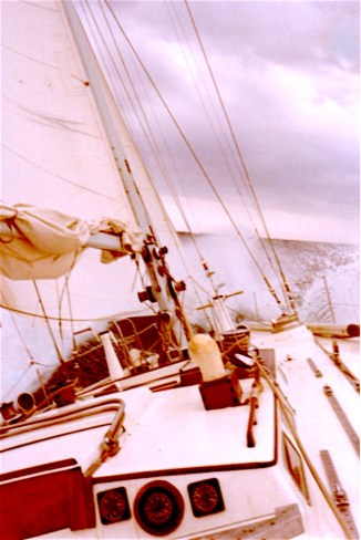 nepenthe_sailboat_1975