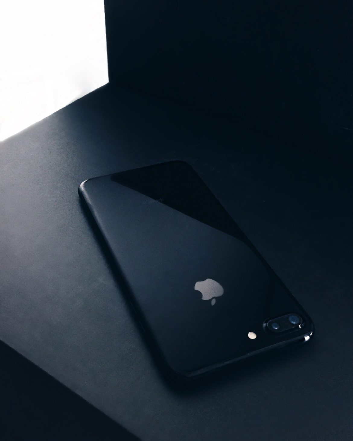 Iphone 7 Plus Preto Brilhante - Iphone 7 Plus Jet Black - Flatlay