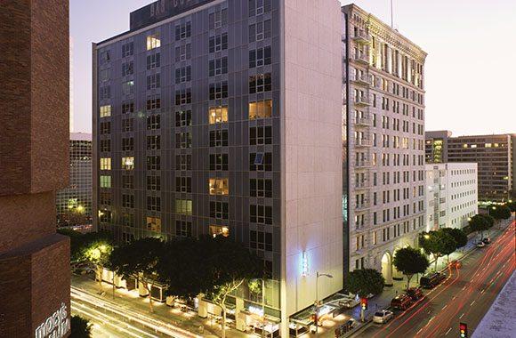 Building Los Pegasus Angeles