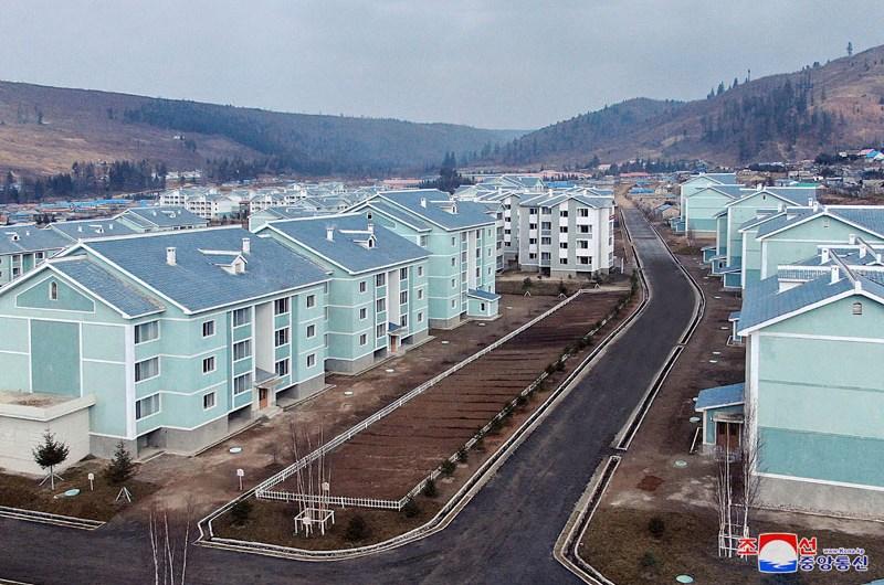 Nuevas viviendas en Samjiyon
