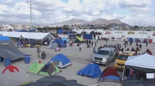 Migrants moved after shutdown of makeshift camp in Tijuana