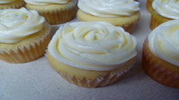 Simple Vanilla Cupcakes Recipe By Chef Tahira Mateen