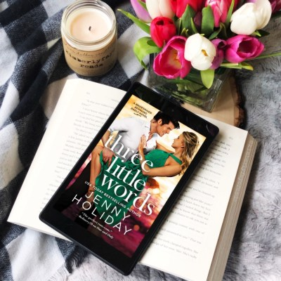 In Review: Three Little Words (Bridesmaids Behaving Badly #3) by Jenny Holiday