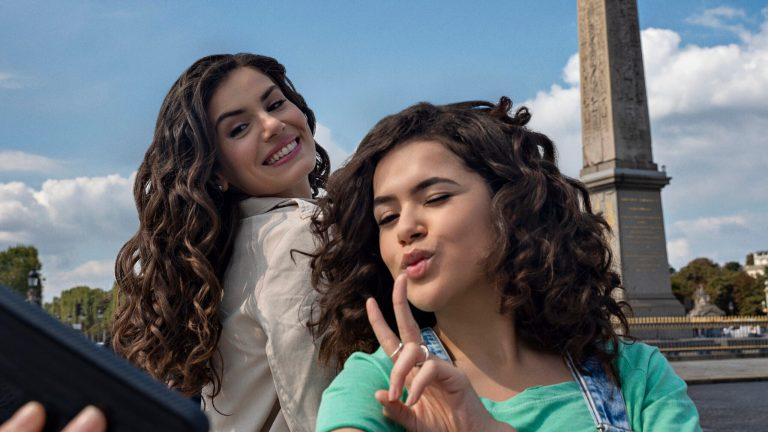 'De Volta aos 15': série com Maisa e Camila Queiroz ganha teaser na Netflix