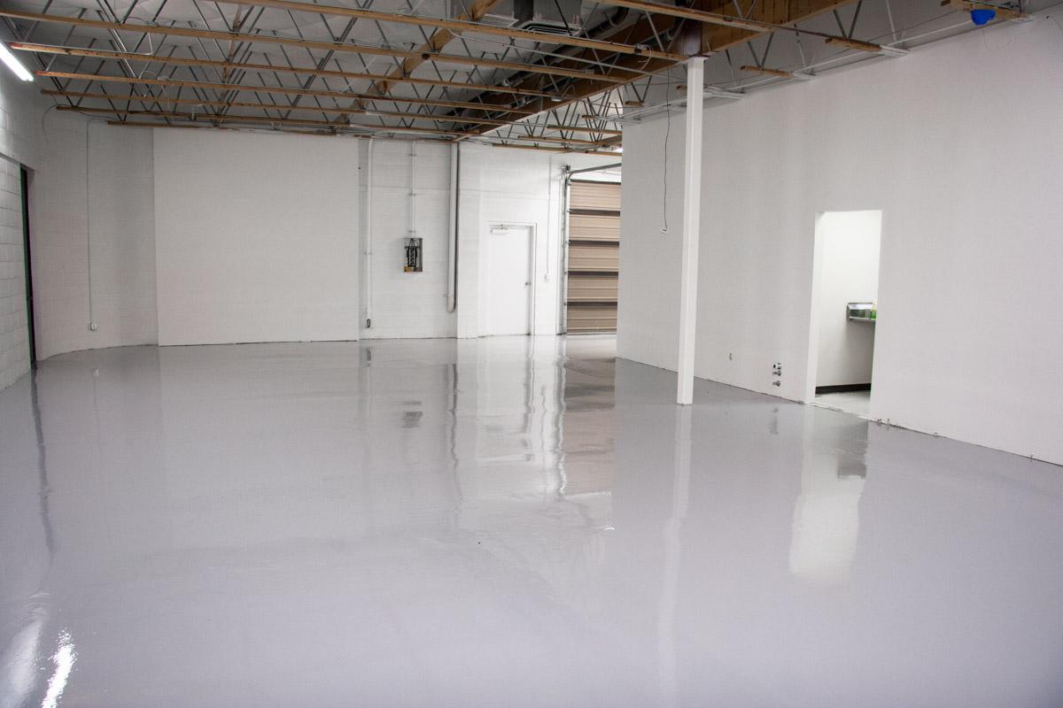 warehouse-epoxy-flooring