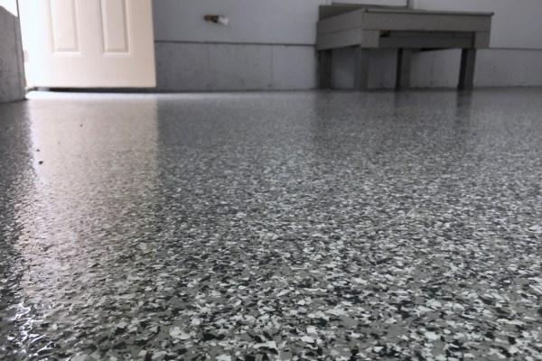 epoxy garage floor full broadcast