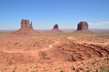 Four-wheel-drive trip into Monument Valley, USA